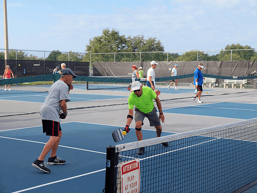 How to Play Pickleball – Beginner's Guide to Playing the Great Sport of Pickleball